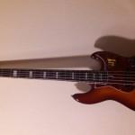 Gitara basowa Marcus Miller V7 Swamp Ash-5